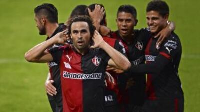 Atlas 2 vs. Querétaro 0: Mucho 'Rojinegro' para Ronaldinho en el Estadio Jalisco