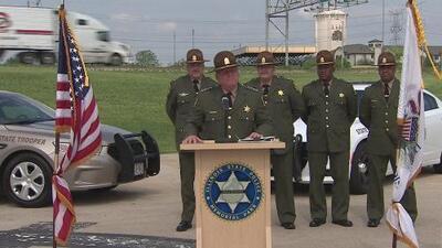 Policía de Illinois busca a hispanos que quieran convertirse en cadetes