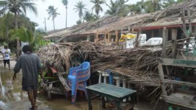 Dolores se convierte en huracán en las costas del Pacífico