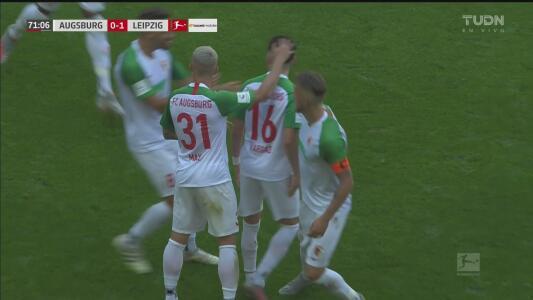 ¡Pero qué pedazo de gol! Rubén Vargas dibuja un arcoíris y empata 1-1 ante el Leipzig
