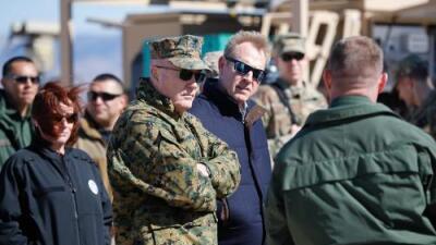 Jefe del Pentágono visita la frontera con México para analizar el posible desvío de fondos militares para el muro