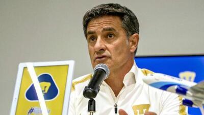 Míchel González se dijo comprometido a clasificar a Pumas a la Liguilla el próximo torneo