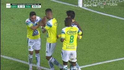 ¡GOOOL! Iván Ochoa anota para León