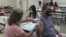 Continúa la vacunación contra el covid-19 en la iglesia San Vicente de Paul en Maryvale