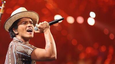 Bruno Mars vuelve a hablar sobre sus raíces latinas