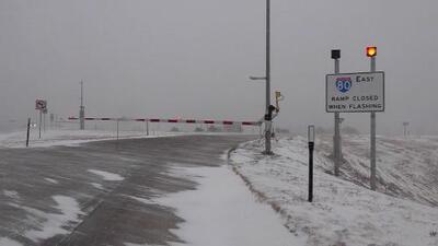 En un minuto: La tormenta invernal deja al menos dos muertos y miles de vuelos retrasados