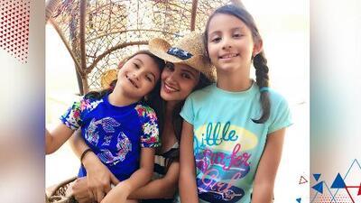 Argelia ve con sus hijas una serie que disfrutaba de joven y se siente identificada