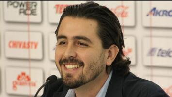 Se burla Amaury Vergara de Atlas en redes sociales