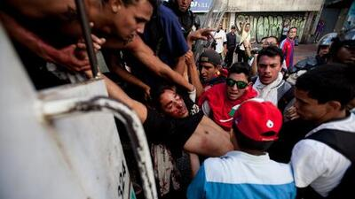Tres muertos tras fuertes protestas en Venezuela