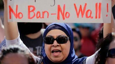 Hawaii es el primer estado en demandar el nuevo veto migratorio de Trump
