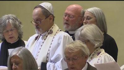 Recuerdan a víctimas mortales de tiroteo de sinagoga en Pittsburgh