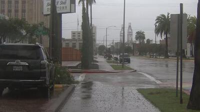 Galveston activa su protocolo de seguridad ante el paso de la tormenta tropical Imelda