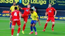 Cádiz pierde, 'Choco' Lozano se lesiona y atrasa su ascenso a LaLiga