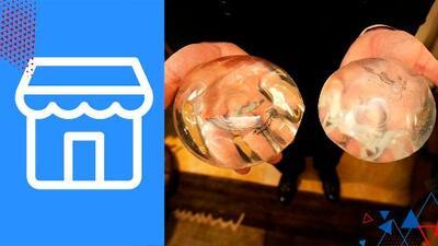 Mujer vende en Facebook sus implantes de senos usados