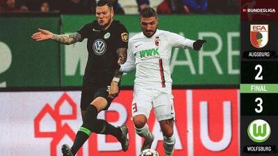 Wolfsburgo, sobre la hora, derrotó 3-2 al Augsburgo y sube al quinto lugar de la Bundesliga