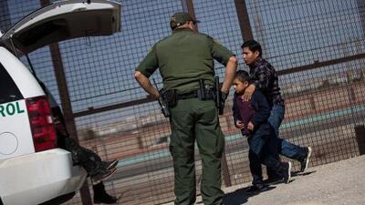 48 inmigrantes detenidos en 2 horas: el alarmante número que sigue subiendo en el punto más caliente de El Paso