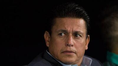 Uno más a la lista... Chava Reyes fue cesado de Santos