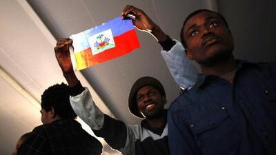 Entre la lucha por la integración y el racismo: así vive la nueva oleada de inmigrantes haitianos en Chile