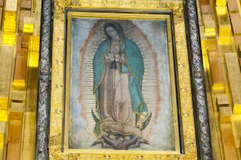 Mañanitas a la Virgen de Guadalupe por Galavisión