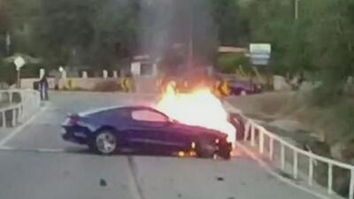Enfrentó el peligro para salvar a una desconocida de un auto en llamas