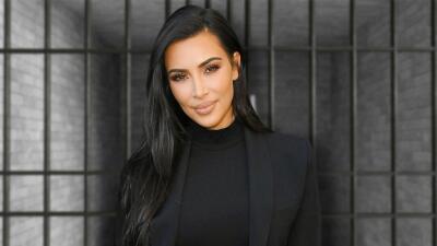 Kim Kardashian visita una cárcel para continuar su lucha por los presos (y por otra importante razón)