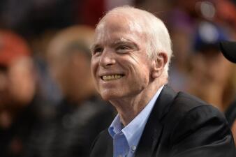 En fotos: el senador John McCain era un amante empedernido de los deportes