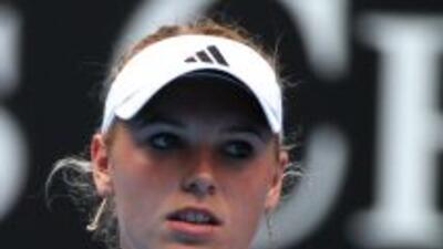 Federer, Djokovic y Wozniacki se pasean en su estreno en Australia