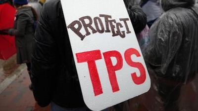 ¿Qué efectos tendrá la extensión del TPS para los inmigrantes de El Salvador, Honduras y Nicaragua?