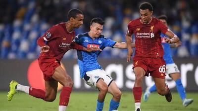 El 'Chucky' Lozano y sus primeras diabluras con el Napoli en la Champions League