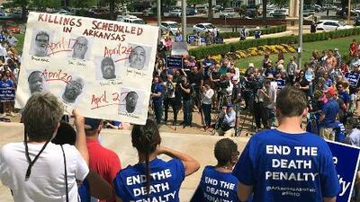 Un juez impide a Arkansas el uso de un compuesto de la inyección letal para ejecutar a seis presos en 11 días