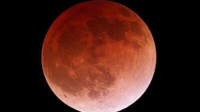 Conoce el raro fenómeno de eclipse y superluna de este domingo