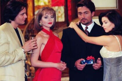 Televisa ha estado confirmando nuevas caras para los remakes de sus grandes telenovelas, como 'Cuna de Lobos', que será protagonizada por la española Paz Vega, y 'La Usurpadora', que tendrá a Sandra Echeverría como estelar.