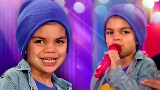 Matteo Marrero, hijo de Alejandra Espinoza, canta por primera vez en televisión por los niños y niñas de TeletonUSA