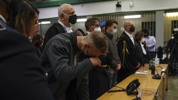 Cadena perpetua para dos estudiantes estadounidenses por matar a un policía en Italia