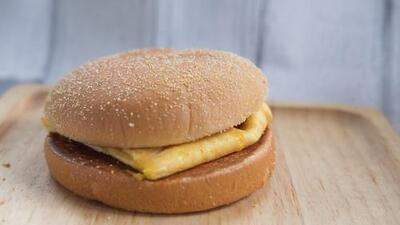 Muffin inglés con huevo y queso   | Reto 28