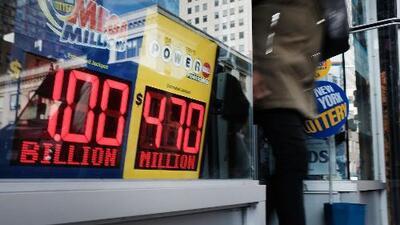 Los trucos de los neoyorquinos para alimentar la esperanza de ganar el gran premio del Mega Millions