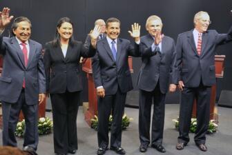 Candidatos presidenciales debatieron en Perú