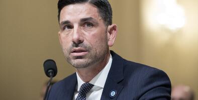 Juez federal dictamina que el jefe interino del DHS fue nombrado ilegalmente y eso invalida la suspensión de DACA