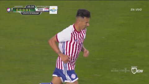 Hernán Pérez descuenta para Paraguay y el juego está 1-3 para el Tri