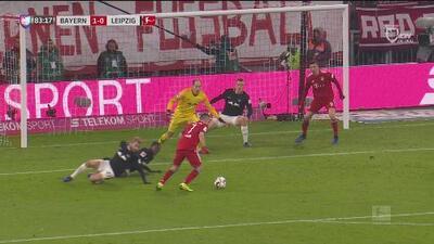 ¡Ole! Franck Ribery demostró que no ha perdido la clase y pone el 1-0 ante el Leipzig