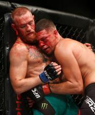 Las mejores fotos de  la sangrienta venganza de Conor McGregor sobre Nate Díaz