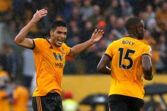 En fotos: Los siete mexicanos que han anotado goles en Inglaterra