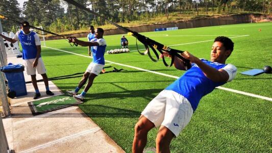 'Choco' Lozano prefiere jugar con otras selecciones que con Guatemala