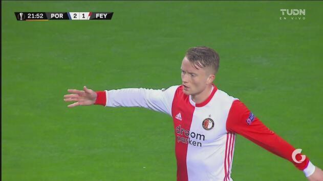 ¡Se vuelve loca la afición! Larsson consigue el empate en cuatro minutos