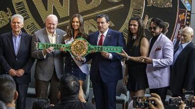 Artesano y Presidente del CMB explicaron el significado del flamante Cinturón Maya para el Canelo vs. Jacobs