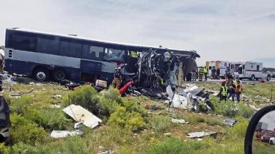 Al menos siete muertos en accidente en Nuevo México de un bus de Greyhound que iba hacia California
