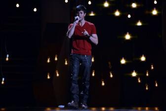 """Enrique y """"El Buki"""" cantaron """"El Perdedor"""""""