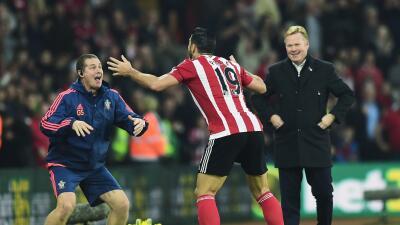 Jugador del Southampton festeja gol con Haka