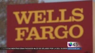 Multan a Wells Fargo por cobrar servicios que nunca brindaron a sus clientes