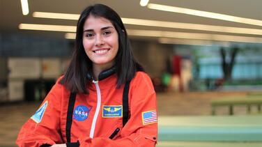"""""""Mi meta es llegar a la NASA aunque represente sacrificios"""": el relato de mexicana que sueña con ser astronauta"""